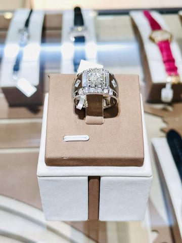 天然鑽石 鑽石戒指 鑽石男戒 18K金 一克拉鑽石 1克拉鑽石 永久證書 F / IF 重量1.10ct