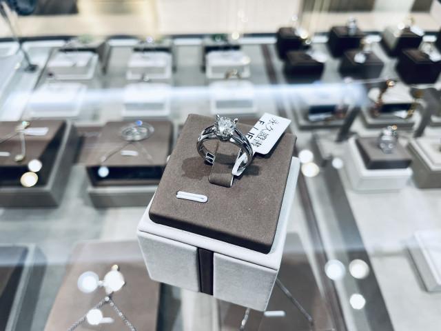 鑽石戒指 鑽石女戒 18K金 一克拉鑽石 1克拉鑽石 永久證書 八心八箭 F IF 重量1.005ct