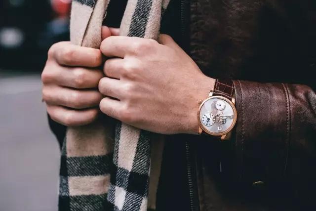 手錶戴左手還右手?5個戴錶小秘訣避免傷腕、錶帶變質